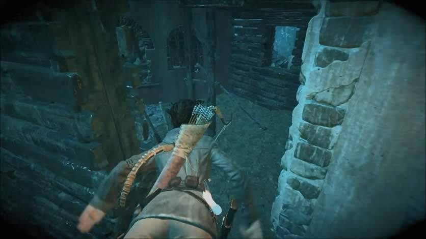 Lara mergulhando Rise of The Tomb Raider