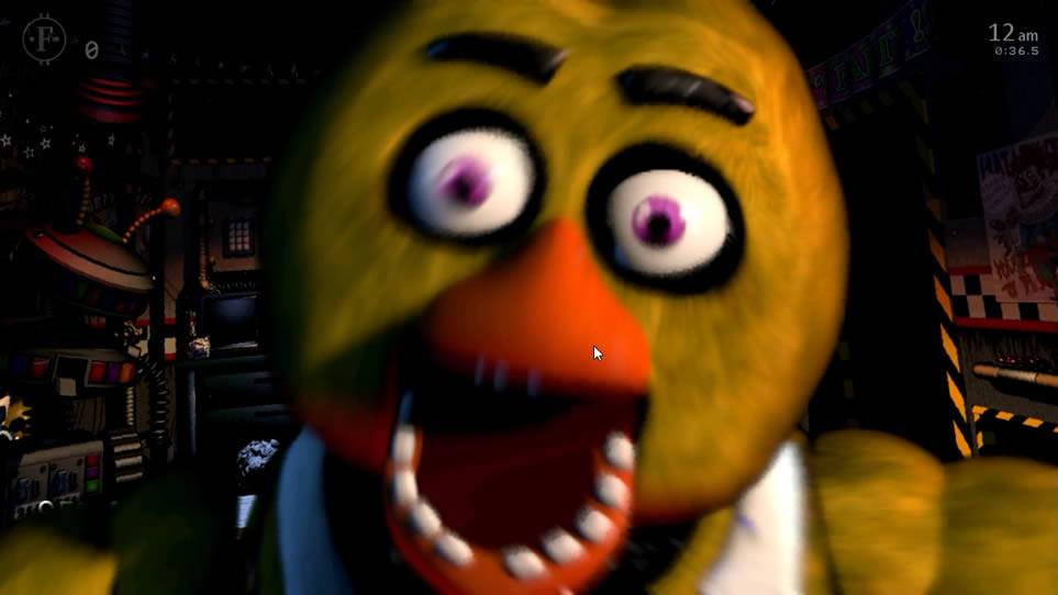 Chica atacando em Ultimate Custom Night